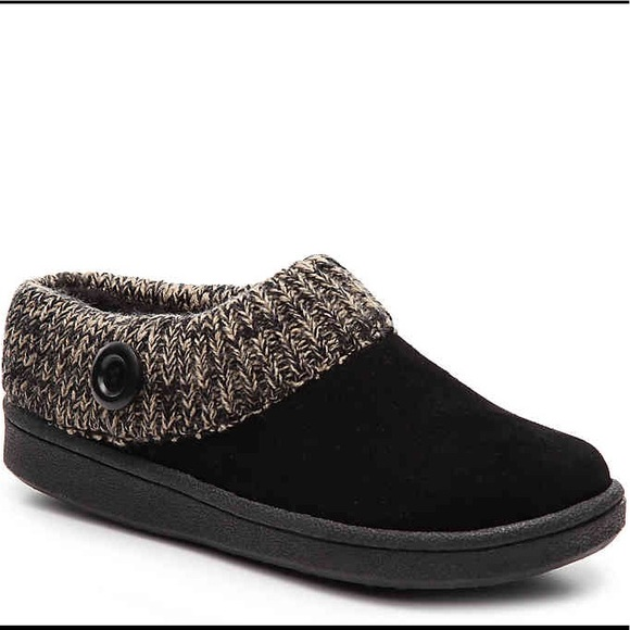 46477e25e98 Clarks Shoes - ⭐ CLARKS Suede Knit Collar Slippers ⭐️